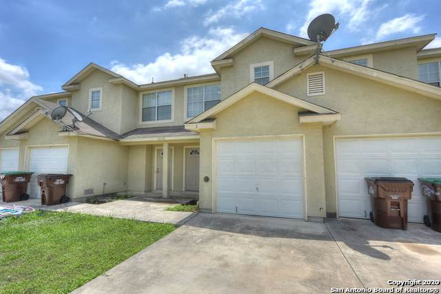 10018 Vasso View, Converse, TX 78109 (#1441856) :: The Perry Henderson Group at Berkshire Hathaway Texas Realty