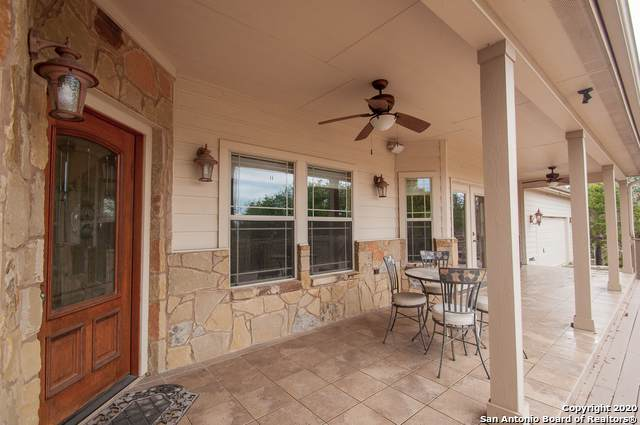 1080 Bradstreet, Canyon Lake, TX 78133 (MLS #1441965) :: Neal & Neal Team