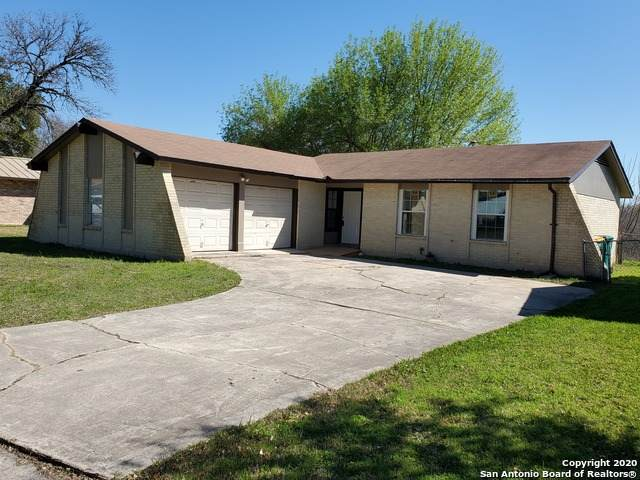 310 Diana Dr, Converse, TX 78109 (#1442120) :: The Perry Henderson Group at Berkshire Hathaway Texas Realty
