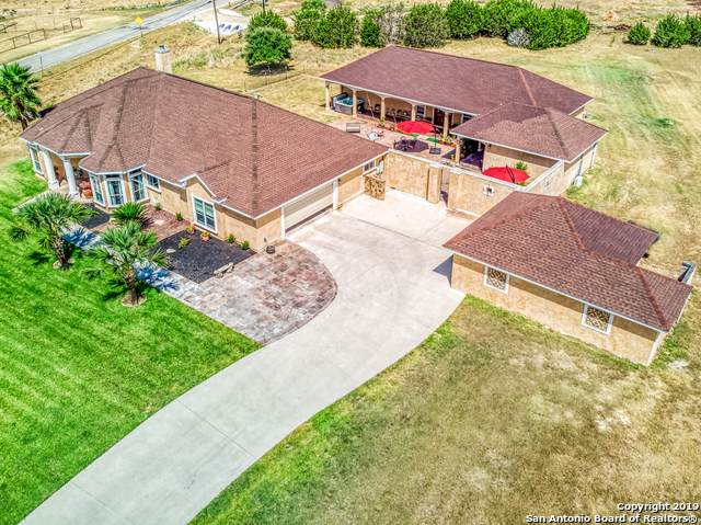 242 Alvins Way, Bulverde, TX 78163 (#1442306) :: 10X Agent Real Estate Team