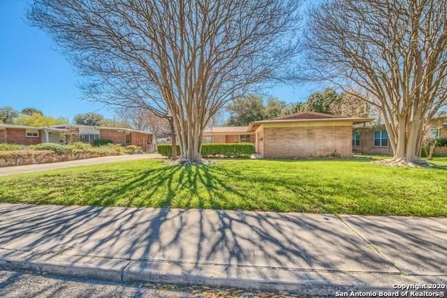 206 Green Meadow Blvd, San Antonio, TX 78213 (#1442308) :: 10X Agent Real Estate Team