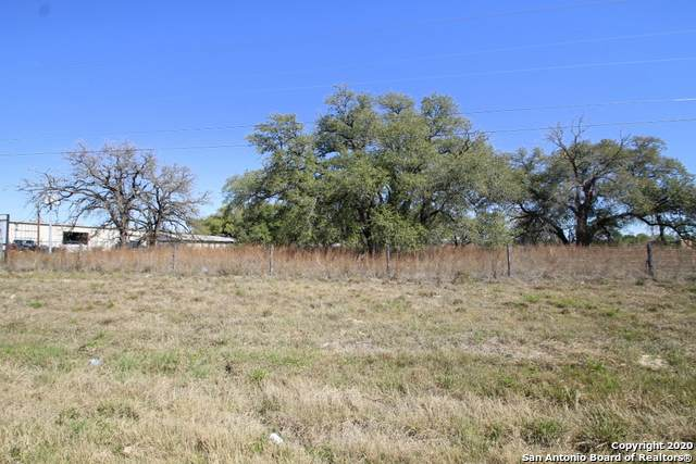 6810 Us Highway 181 N, Floresville, TX 78114 (MLS #1443400) :: The Mullen Group | RE/MAX Access