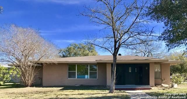 803 Poplar St, Jourdanton, TX 78026 (MLS #1443938) :: Exquisite Properties, LLC