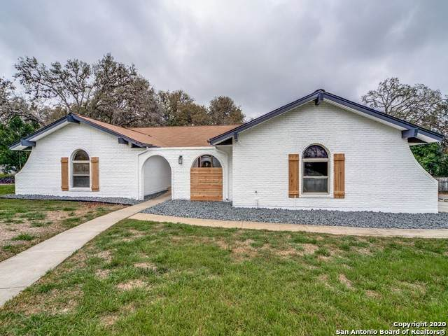 149 Grand Oak St, Hollywood Pa, TX 78232 (MLS #1444108) :: Exquisite Properties, LLC