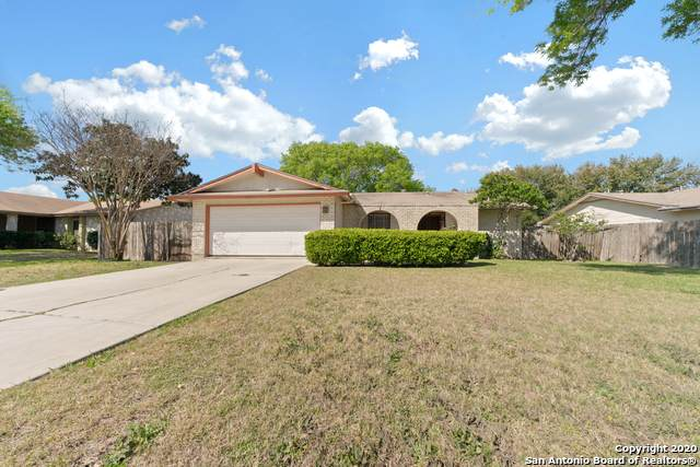 1315 Meadow Way Dr, San Antonio, TX 78227 (MLS #1444175) :: Neal & Neal Team