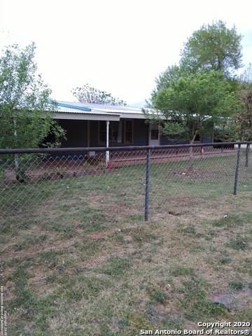 2601 Brown Ave, Jourdanton, TX 78026 (MLS #1444235) :: Exquisite Properties, LLC