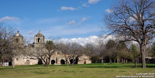 258 Felisa St, San Antonio, TX 78210 (#1444558) :: The Perry Henderson Group at Berkshire Hathaway Texas Realty