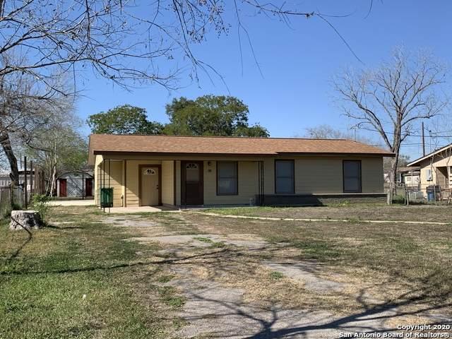 807 Olive St, Jourdanton, TX 78026 (MLS #1444897) :: Exquisite Properties, LLC