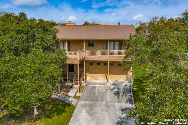 473 Stagecoach Dr, Canyon Lake, TX 78133 (MLS #1445139) :: Neal & Neal Team