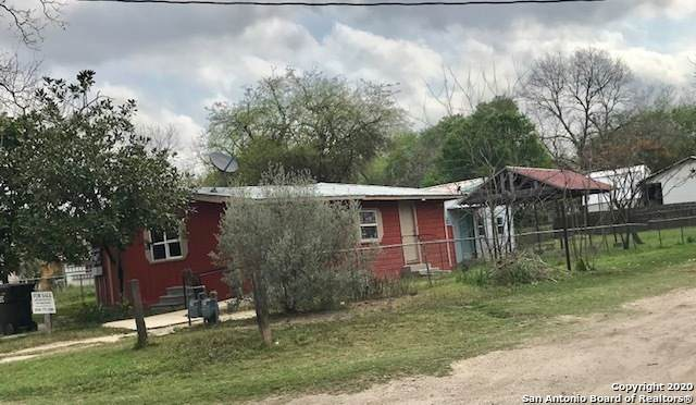 609 4TH ST, Natalia, TX 78059 (MLS #1445969) :: Alexis Weigand Real Estate Group
