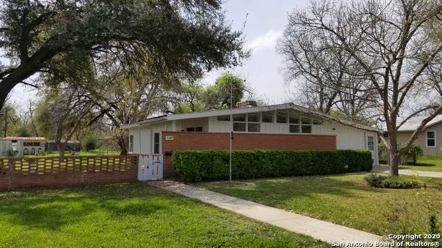 1107 29TH ST, Hondo, TX 78861 (MLS #1446318) :: Neal & Neal Team