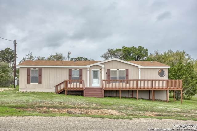 506 Pr 1527, Bandera, TX 78003 (MLS #1446606) :: The Lugo Group
