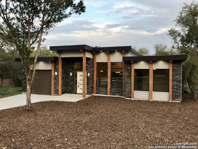 1052 Eastview Dr, Canyon Lake, TX 78133 (MLS #1446840) :: Neal & Neal Team