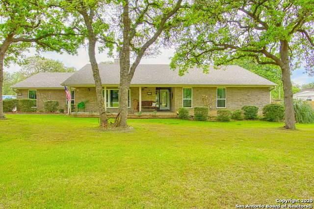 332 Bear Ridge Dr, La Vernia, TX 78121 (MLS #1447281) :: Maverick