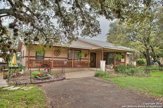1404 River Ranch Dr, Bandera, TX 78003 (MLS #1447316) :: Tom White Group
