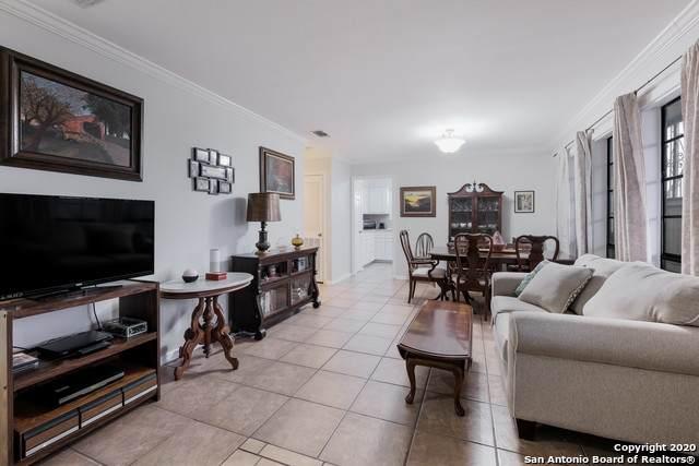 165 W Rampart Dr #401, San Antonio, TX 78216 (MLS #1447519) :: Vivid Realty