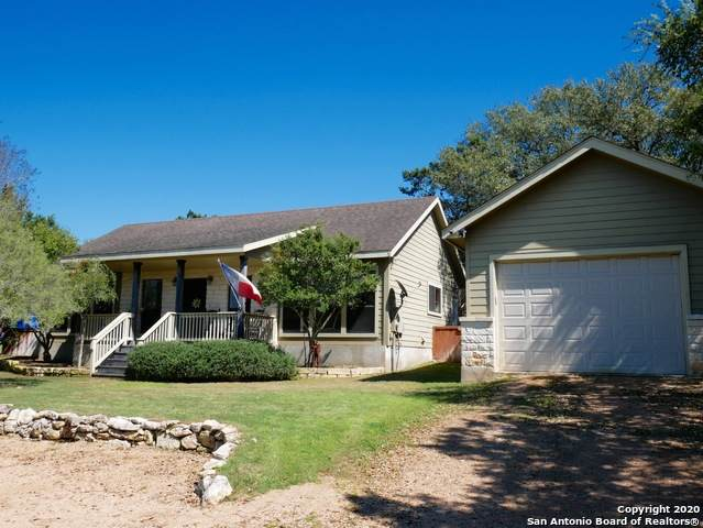364 Cedar Dr, Canyon Lake, TX 78133 (MLS #1447595) :: The Gradiz Group