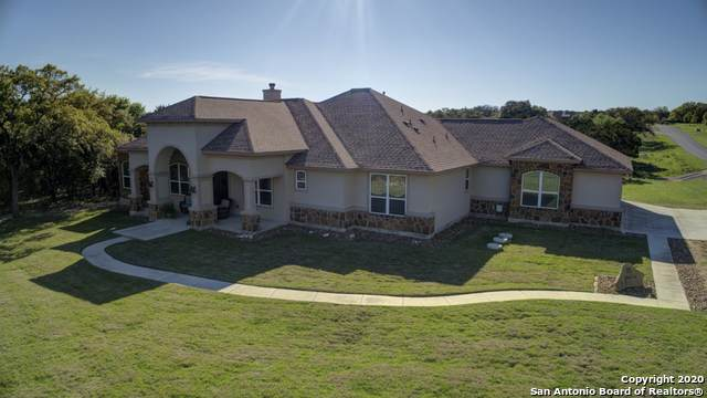 1001 Spanish Trail, New Braunfels, TX 78132 (MLS #1447729) :: Neal & Neal Team