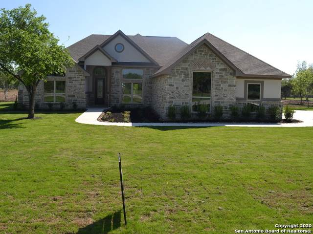 465 Double Gate Rd, Castroville, TX 78009 (MLS #1447846) :: The Gradiz Group