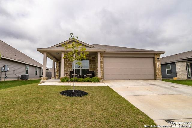 2272 Olive Hill Dr, New Braunfels, TX 78130 (MLS #1447990) :: Reyes Signature Properties