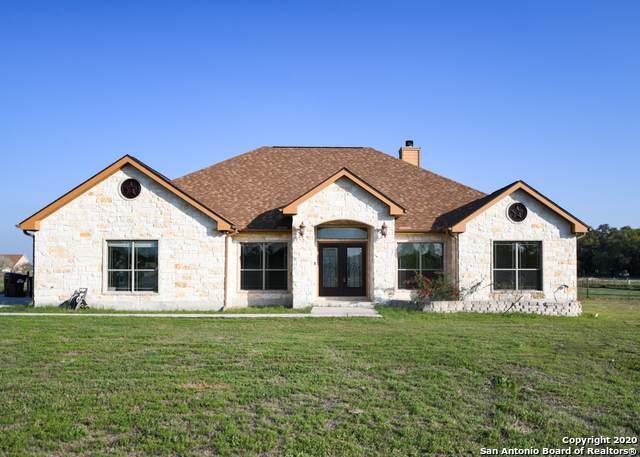 134 Shannon Ridge Dr, Floresville, TX 78114 (MLS #1448061) :: Maverick
