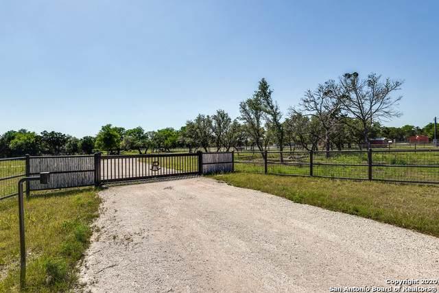 8-10 Flat Rock Creek Rd, Comfort, TX 78013 (MLS #1448188) :: Tom White Group