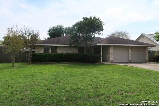 109 Lehmann St, Boerne, TX 78006 (MLS #1448203) :: The Gradiz Group