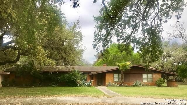 3 Oak Valley Dr, Pleasanton, TX 78064 (MLS #1448218) :: The Mullen Group   RE/MAX Access
