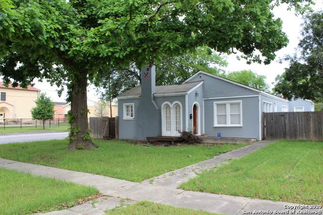 1649 W Magnolia Ave, San Antonio, TX 78201 (#1448286) :: The Perry Henderson Group at Berkshire Hathaway Texas Realty