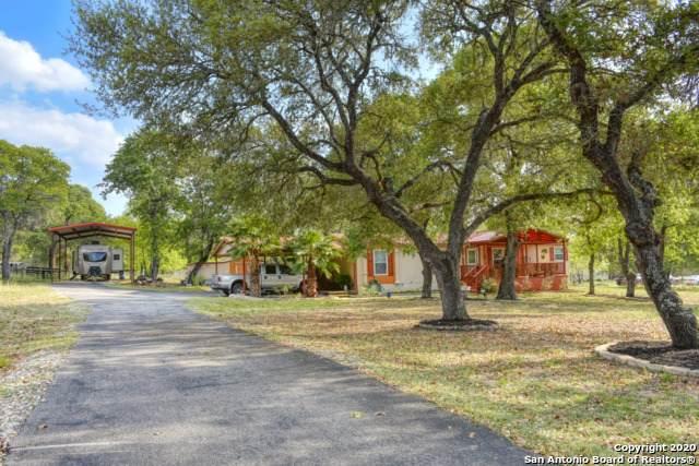 1227 Eagle Creek Dr, Floresville, TX 78114 (MLS #1448300) :: Maverick