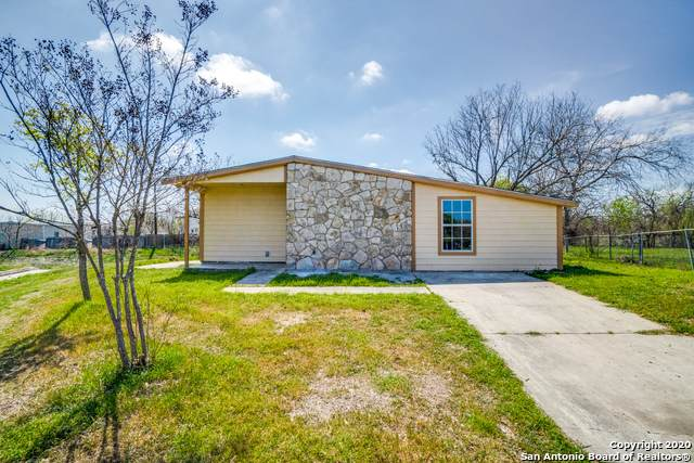 147 Kilkenney, San Antonio, TX 78227 (MLS #1448356) :: The Gradiz Group