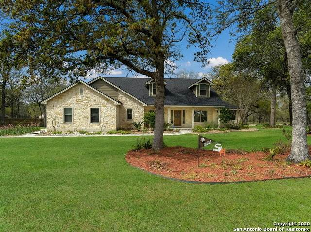 350 Rosewood Dr, La Vernia, TX 78121 (MLS #1448431) :: The Glover Homes & Land Group