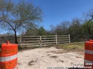 7740 S Ww White Rd, San Antonio, TX 78222 (MLS #1448620) :: Tom White Group