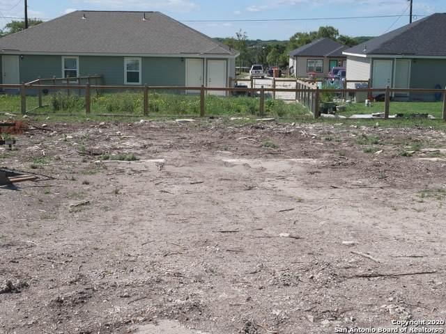 184 Crestview Ln, Spring Branch, TX 78070 (MLS #1448852) :: Tom White Group