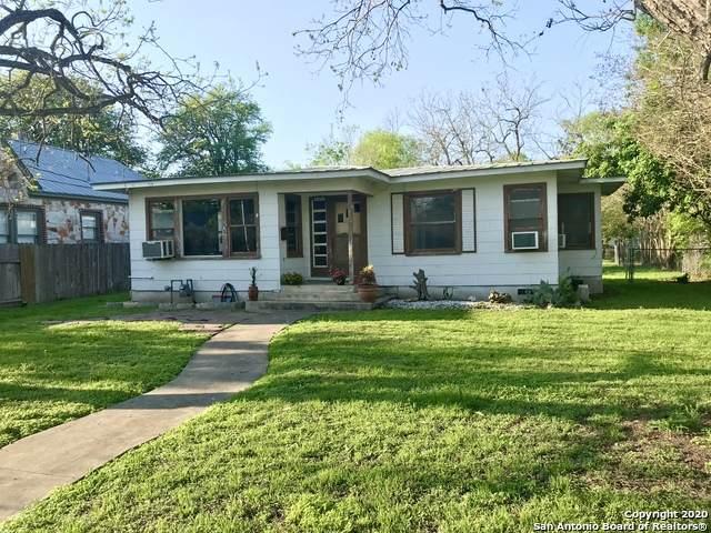 622 E Mountain St, Seguin, TX 78155 (MLS #1448944) :: Vivid Realty