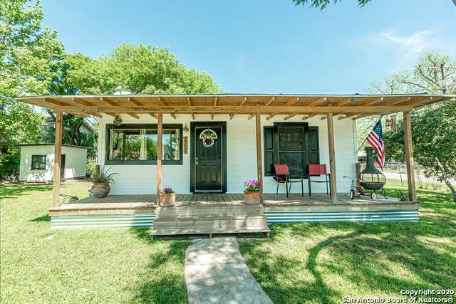 1701 W French Pl, San Antonio, TX 78201 (MLS #1449163) :: Berkshire Hathaway HomeServices Don Johnson, REALTORS®