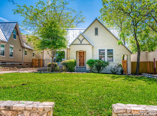 350 Elmhurst Ave, San Antonio, TX 78209 (MLS #1449338) :: Vivid Realty