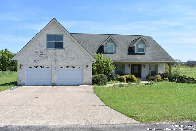 178 Spring Creek Circle, Bandera, TX 78003 (MLS #1449380) :: Vivid Realty