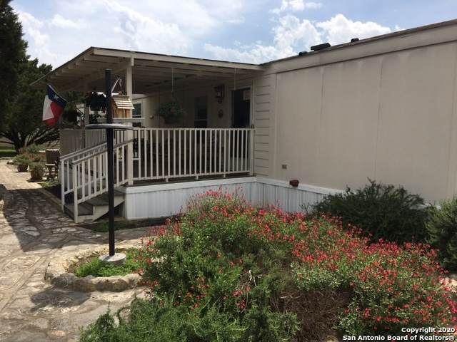 1130 Cypress, Canyon Lake, TX 78133 (MLS #1449782) :: Alexis Weigand Real Estate Group