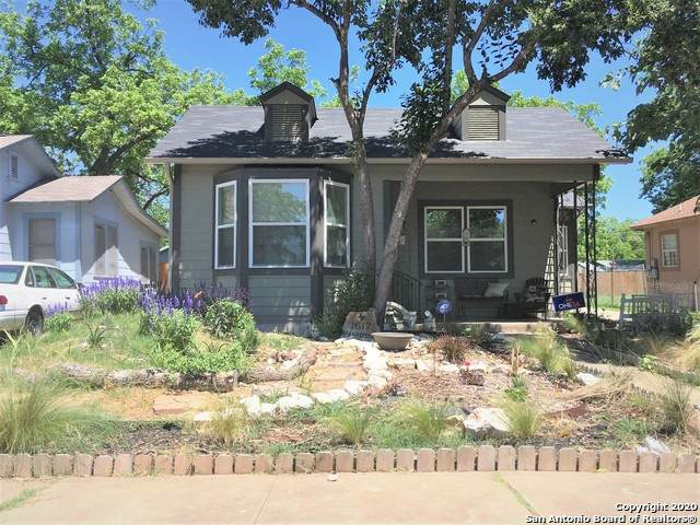 1617 Pasadena, San Antonio, TX 78201 (MLS #1449891) :: Tom White Group