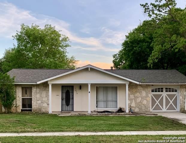 7010 Glen Ledge, San Antonio, TX 78239 (MLS #1450017) :: Reyes Signature Properties