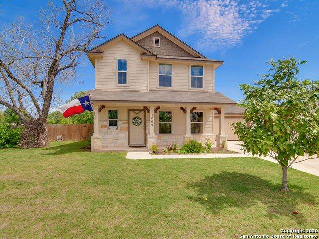 1009 Mellow Breeze, New Braunfels, TX 78130 (MLS #1450024) :: Reyes Signature Properties
