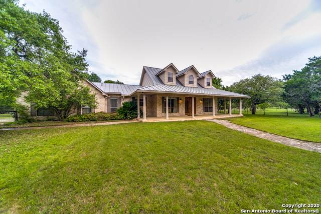 716 Cypress Bend Dr, Boerne, TX 78006 (MLS #1450142) :: McDougal Realtors