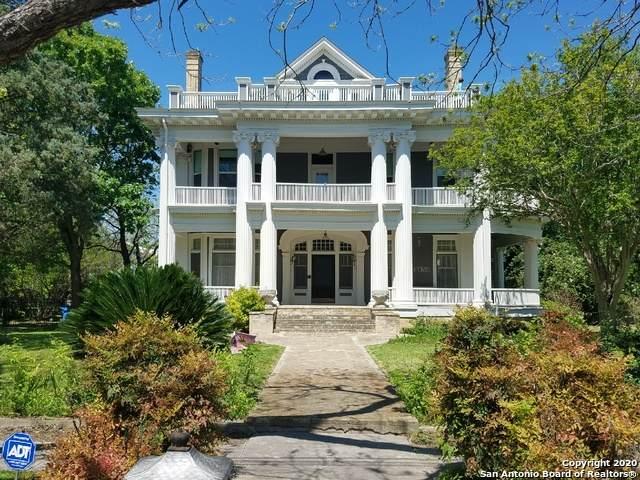 418 E Elm St, Seguin, TX 78155 (MLS #1450254) :: Reyes Signature Properties