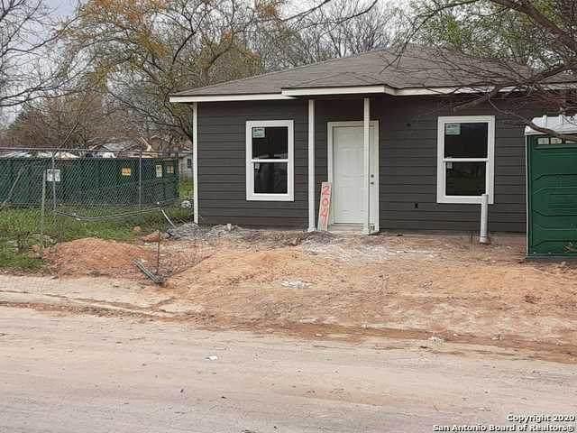 204 La Gloria St, San Antonio, TX 78237 (MLS #1450281) :: McDougal Realtors
