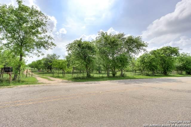 4615 Jakes Colony Rd, Seguin, TX 78155 (MLS #1450775) :: EXP Realty