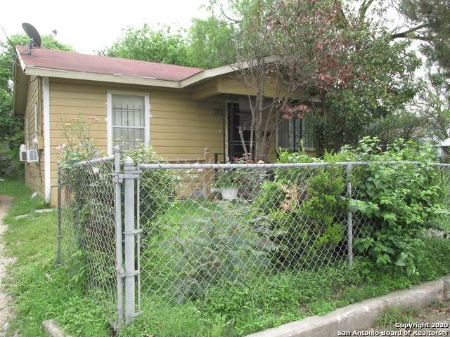 838 Sw 26th St, San Antonio, TX 78237 (MLS #1450782) :: Alexis Weigand Real Estate Group
