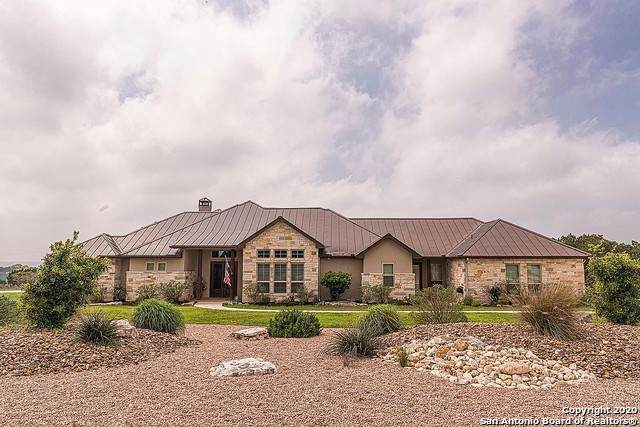 262 Heights Trail, Kerrville, TX 78028 (MLS #1452065) :: Reyes Signature Properties