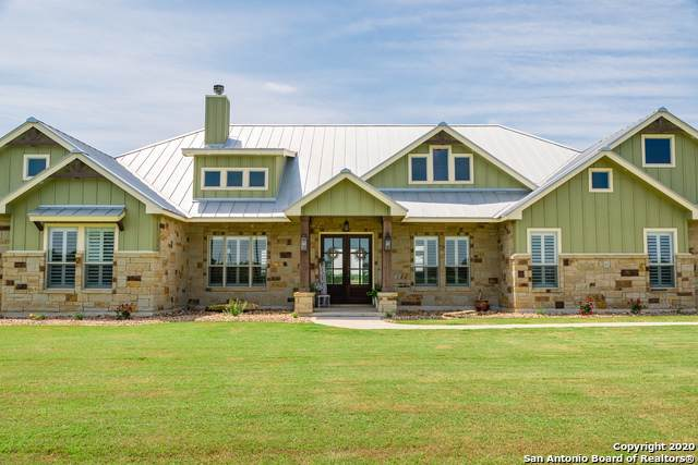 14990 Fm 775, La Vernia, TX 78121 (MLS #1452373) :: Reyes Signature Properties