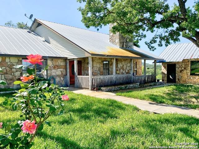 1442 Ratcliffe Ranch Rd, Bandera, TX 78003 (MLS #1452791) :: The Mullen Group | RE/MAX Access